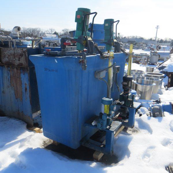 100 Gallon Dual Compartment Fiberglass Chemical Tank