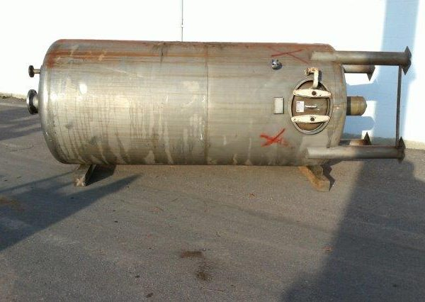 2000 Gallon 304 Stainless Steel Vertical Tank, 5'6″ Dia. X 11′ Straight Side