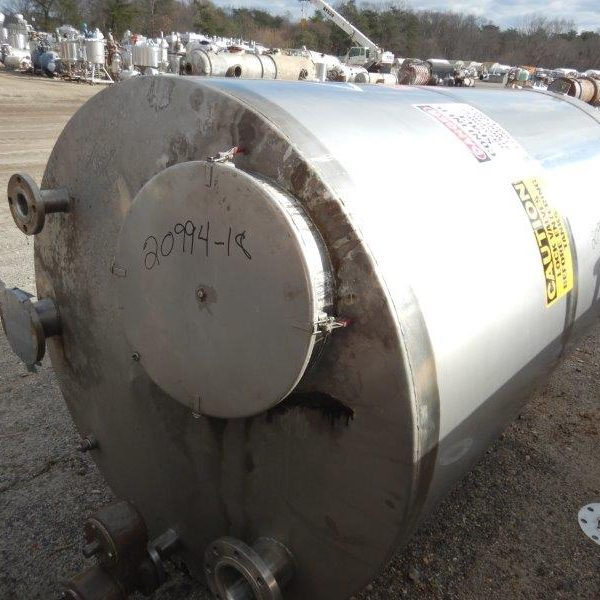700 Gallon Stainless Steel Vertical Tank 53″ Diameter x 80″ Straight Side