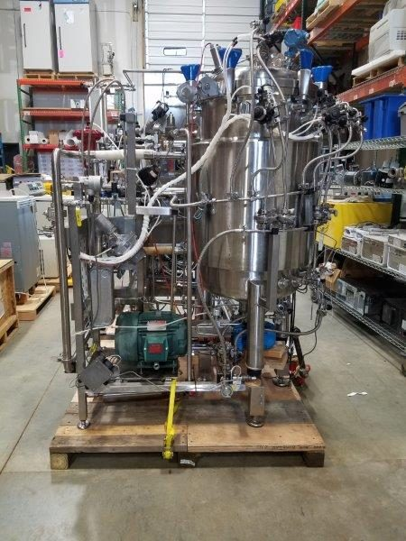 Approximately 25 Gallon (100 Liter) Stainless Steel Fermentor with Skid