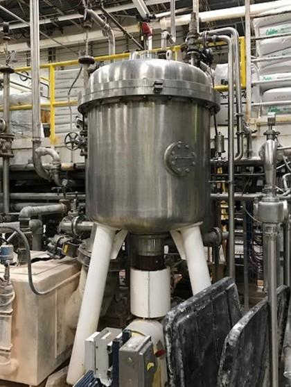 209 Square Foot Schenk Stainless Steel Vertical Tank, Horizontal Leaf Pressure Leaf Filter