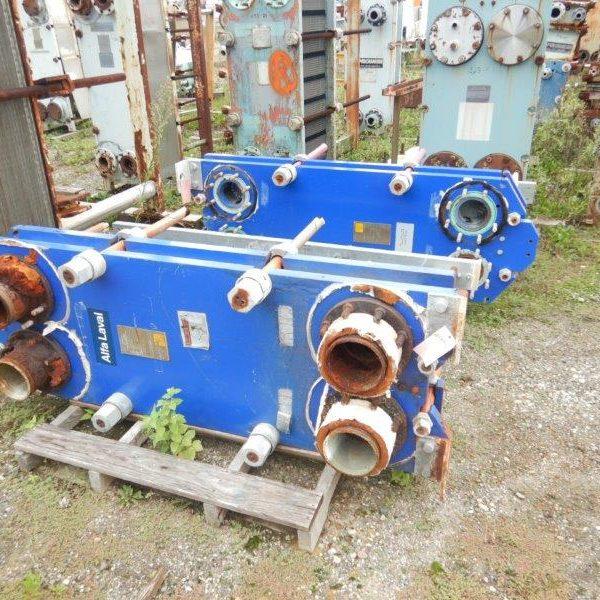 193.5 Sq. Ft. Alfa Laval Model M15-BFG Plate Heat Exchanger