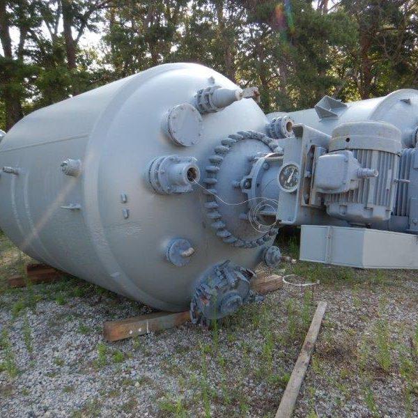 4000 Gallon Glass Lined Reactor, 100 Full Vacuum Internal, FDWV Drive