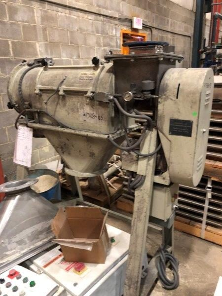 AZO Mdl E650 Cyclone Screener On Stands