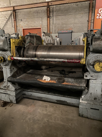 60″ Farrel Refiner Mill With Corrugated Roll and Smooth Roll