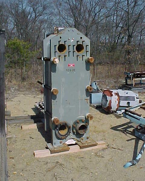 600 Sq. Ft. ITT Bell & Gosset Plate Exchanger