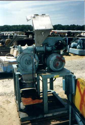 7 1/2 HP Raymond Hammer Mill