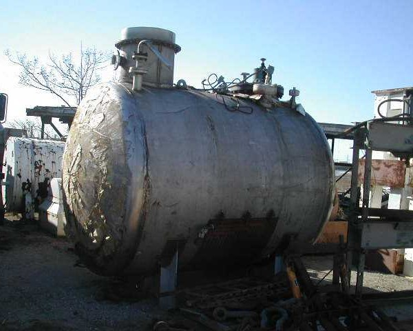 "2,200 Gallon T316 Stainless Steel Horizontal Tank, 7′ Dia. X 7'10"" Straight Side"