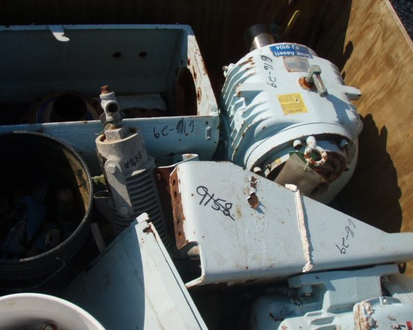 MOTOR AND GEARBOX ASSEMBLY 5SRW