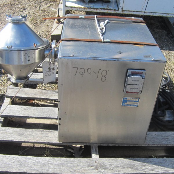 1/2 Cubic Foot Gemco Stainless Steel Double Cone Blender