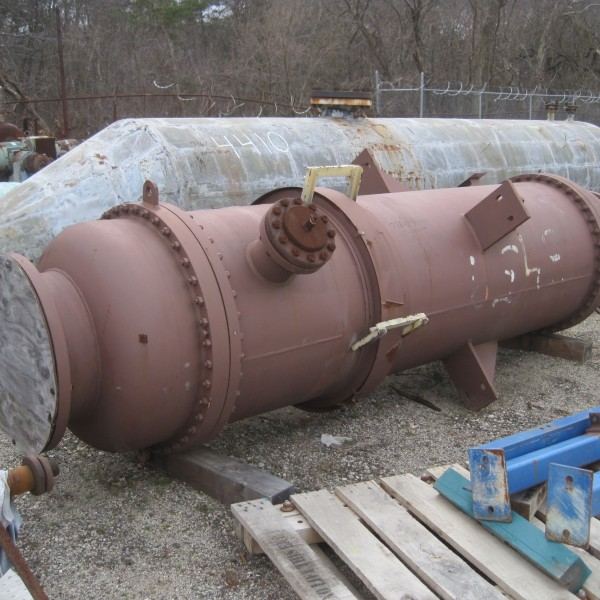 1699 Sq. Foot Doyle & Roth Vertical Shell and Tube Heat Exchanger