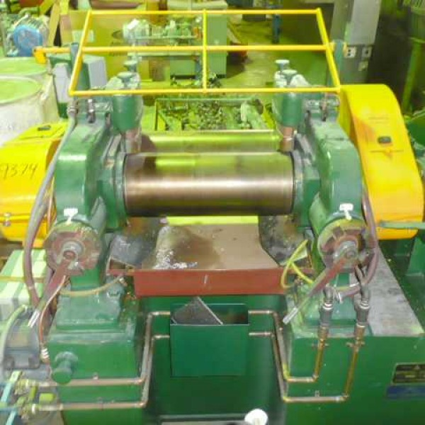 Roll Mills for Plastic & Rubber Industries