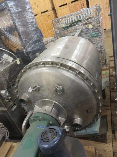 300 Gallon Sanitary Stainless Steel Jacketed Mix Tank w/Lightnin Agitator
