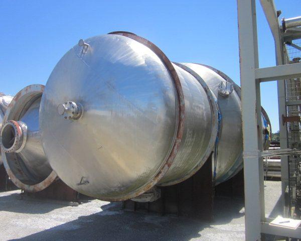 15,862 Gallon 316 Stainless Steel Pressure Vessel, 11'8″ Dia. X 16'6″ Straight Side, Unused