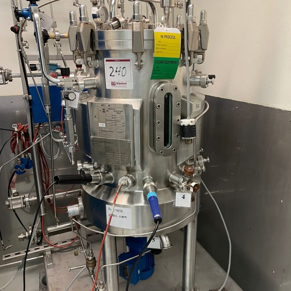 20 Gallon (85 L), 58 PSI Internal, 87 PSI Jacket Stainless Steel Bioreactor