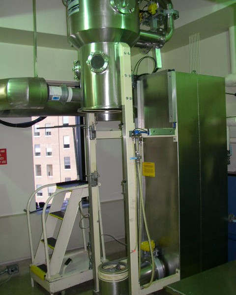 Glatt Model GPCG-5 Fluid Bed Dryer