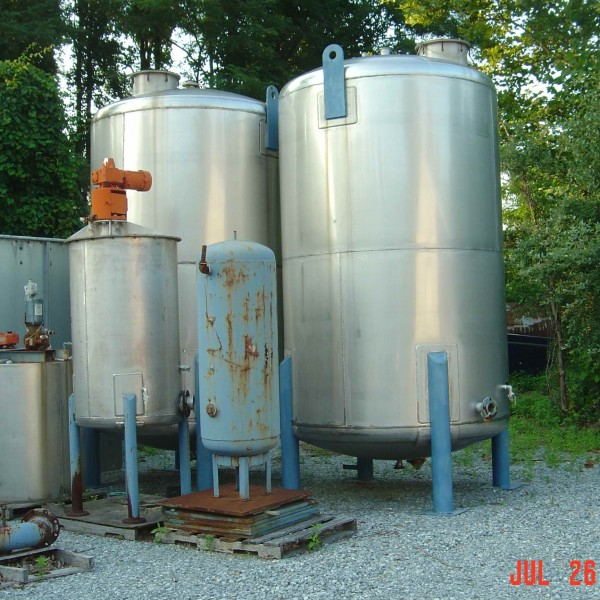 350 Gallon Stainless Steel Vertical Tank, 48″ Dia. X 48″ Straight Side