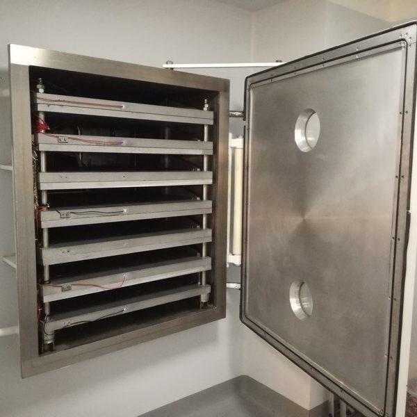 40 Sq. Foot, 7 Shelves, VEB Type TG-50 Freeze Dryer