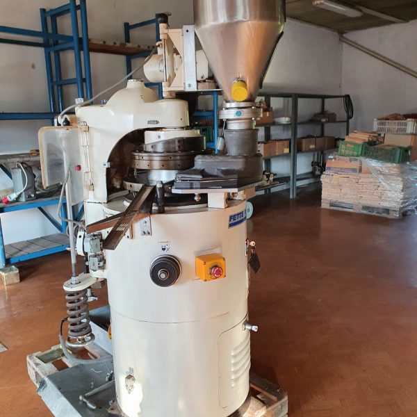 18 Station Fette Model Perfecta P2 Rotary Tablet Press