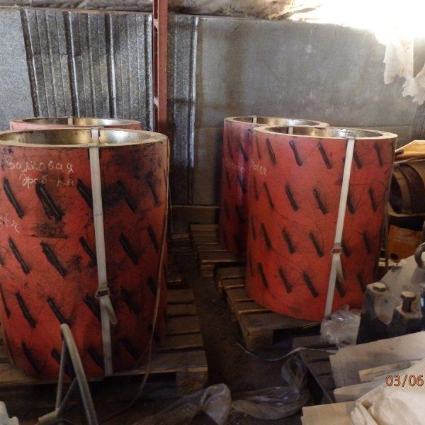 32″ x 40″ CR450/08-10 Carbon Steel Twin Roll Crusher