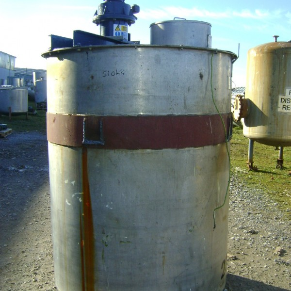 2500 Litres Stainless Steel Vertical Mixing Vessel