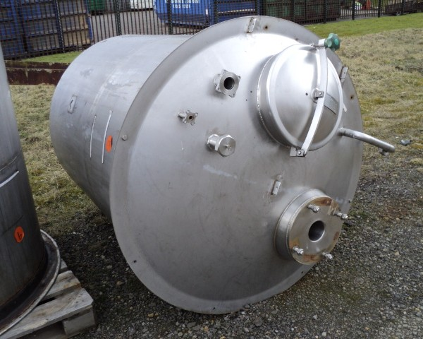 1,780 Litre Stainless Steel Vertical Mixing Vessel