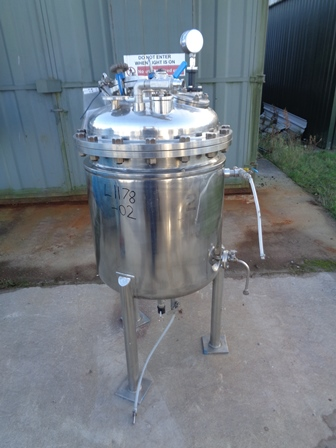 250 Litre Stainless Steel Vertical Jacketed Storage Vessel
