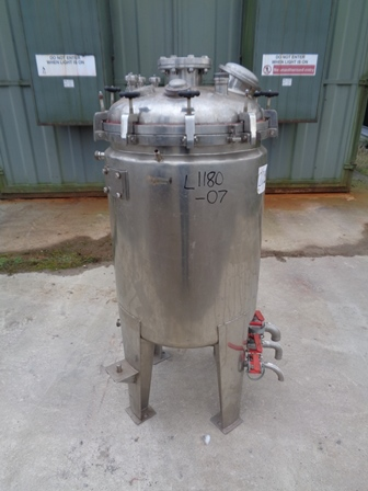226 Litre Stainless Steel Vertical Jacketed Vessel