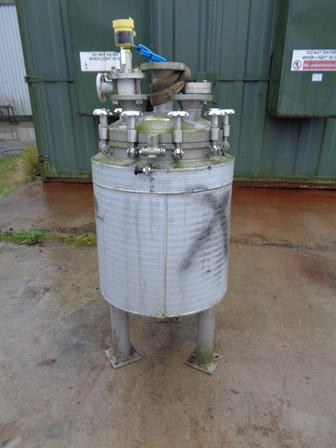 100 Litre 316L Stainless Steel Vertical Vacuum Receiver Vessel