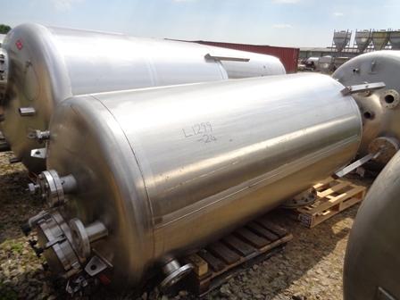 2,500 Litre Giusti Stainless Steel Vertical Storage Vessel, 1100mm Dia x 2400mm Straight Side