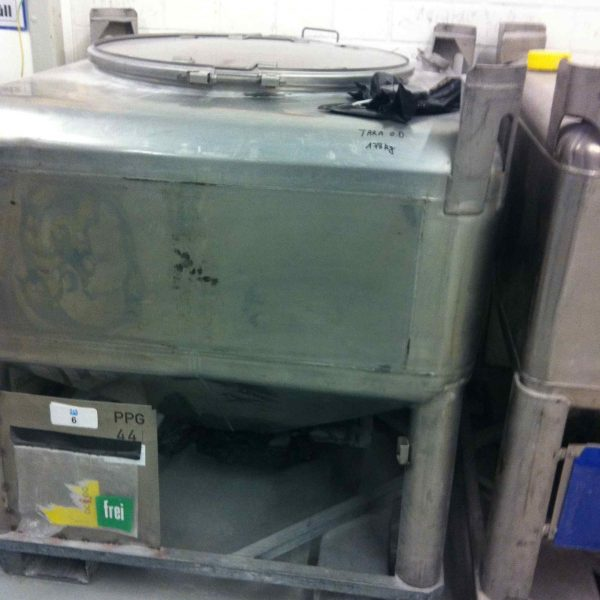 900 Litre Stainless Steel Containers