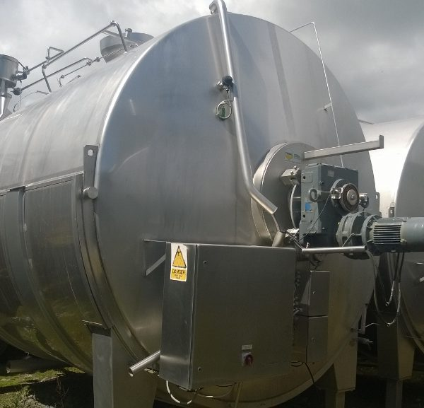 18927 Litres 304 Stainless Steel Jacketed Horizontal Tank