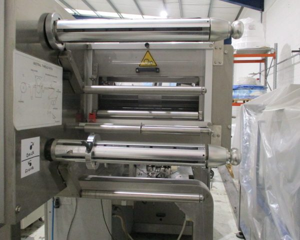 Flow Wrapper, Die Cutting, and Labelling Station