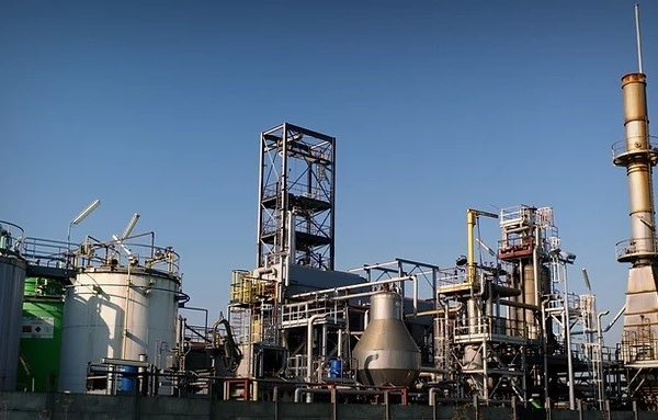 Waste Oil Cracking Plant 25000 – 30000 Tons / Year