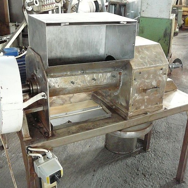 Stainless Steel Pre-Crusher