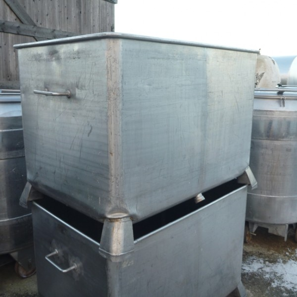 760 Litres Stainless Steel Rectangular Storage Tank