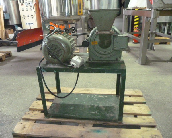 CARBON STEEL SWING HAMMERS MILL BY VEB DIA 195MM