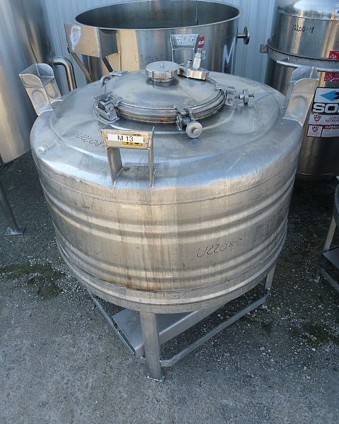 600 Litre Volume Vertical Stainless Steel Storage Tank 1000mm Dia x 530mm Straight Side