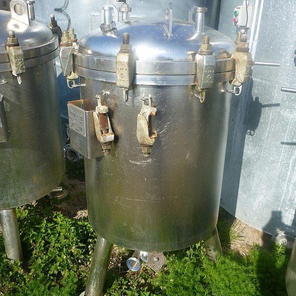 5.2 Sq. M. Schenk Type BS600 Vertical Tank, Horizontal Leaf Pressure Leaf Filter
