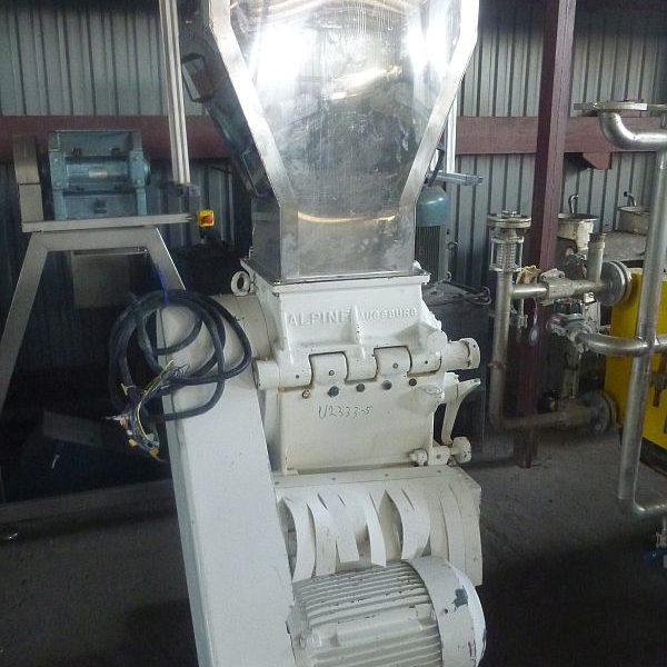 18.5 KW Alpine B32/40 RO Cutting Mill With Equipment