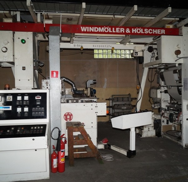 PRODUCTION LINE FOR PAPER WALL COVERINGS   E