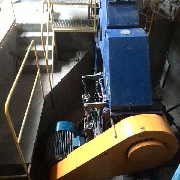 100 HP 15″ X 15″ Metalchem Torun Type UR600 Mill