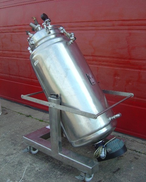 440 Litre Stainless Steel Jacketed Mixing Vessel