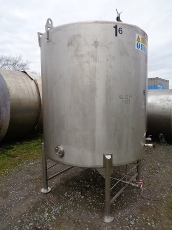 4500 Litres 316 Stainless Steel Vertical Mixing Vessel