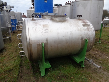 2,000 Litre Stainless Steel Horizontal Storage Tank
