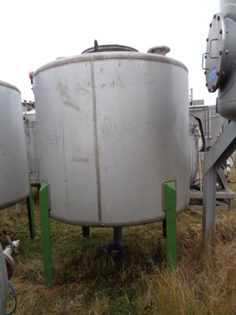 4500 Litres 304 Stainless Steel Vertical Storage Vessel