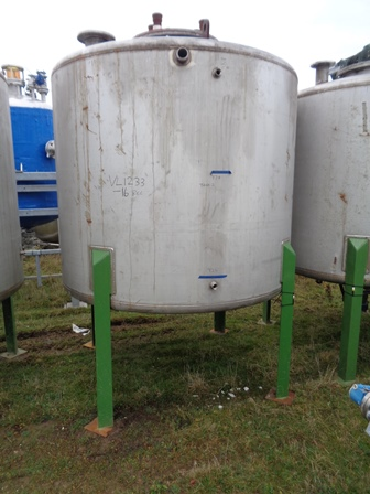 4500 Litres 304 Stainless Steel Vertical Mixing Vessel