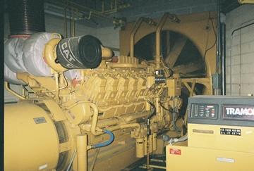 2000 kW 480 V 60 Hz Caterpillar Standby Diesel Generator