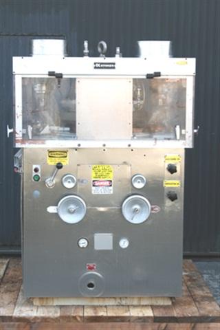 33 Station Mdl 328-2 D-Tooled Tablet Press