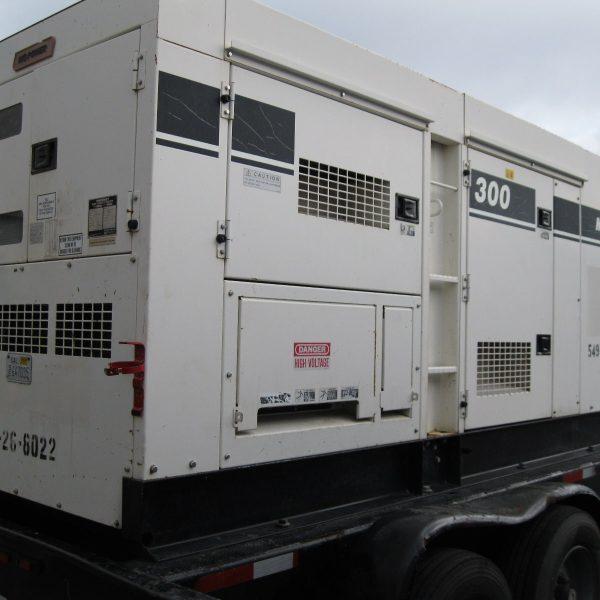 265 kW 480 V 60 Hz MultiQuip Mobile Generator